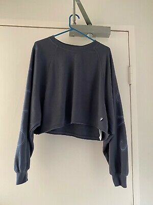 AU15 • Buy NEW Gilly Hicks By Hollister Crop Grey Sweater Size 8/S