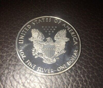 United States Of America Usa Eagle Silver Plated 1Dollar Liberty Coin Brand New. • 15£