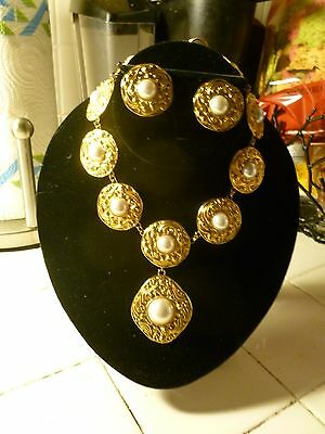 $400 • Buy Unsigned Best Quality Designer Gold Wash  Mabe Pearl Runway Necklace & Earrings
