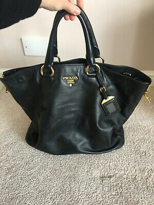Prada Black Leather Handbag • 95£