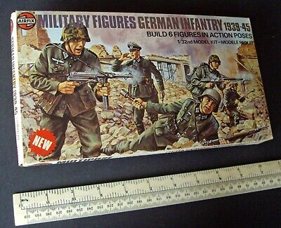 1976 Airfix Military Figures 1/32 Scale German Infantry. Overfilled Kit Box • 19.95£