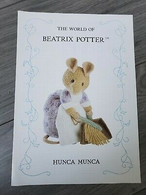 Beatrix Potter Knitting Pattern. Hunca Munca - By Alan Dart • 25£