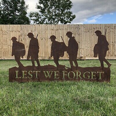 Lest We Forget Soldiers Scene, Soldier Statue Sign Feature Remembrance Gift  • 53.99£