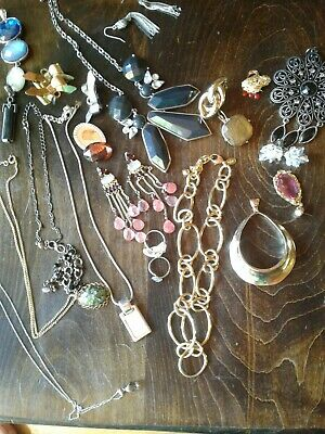 $ CDN9.99 • Buy Costume Jewelry Lot - Necklace Ring Earring Pendant Pin - Old/Vintage