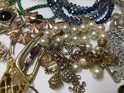 $ CDN13.34 • Buy Vintage To Now Costume Jewelry Lot 2 Lbs Estate Necklaces Bracelets Earring Lot6