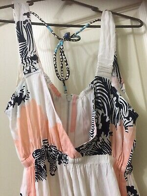 AU40 • Buy MISS MILNE - Lemnos Jumpsuit Size M New With Out Tags - Pink Wave Print)
