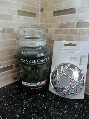 Yankee Candle 22oz USA (Mistletoe) Gift Wrapped + Illuma-Lid • 37£