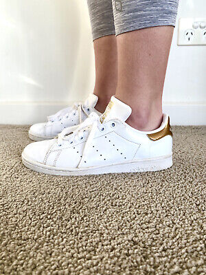 AU42 • Buy Adidas Stan Smith White Leather Sneakers