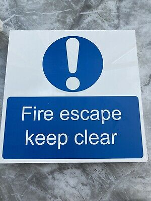Fire Escape Keep Clear Sign  • 2.50£
