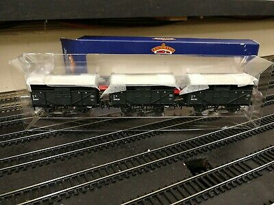 Bachmann 37-711Y 8T Cattle Wagons Set Of 3 GWR Exclusively Hereford Model Centre • 32£