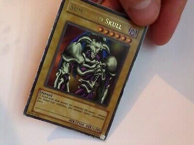Yugioh Card Summoned Skull MRD-E003 Ultra Rare Unlimited Edition • 18£