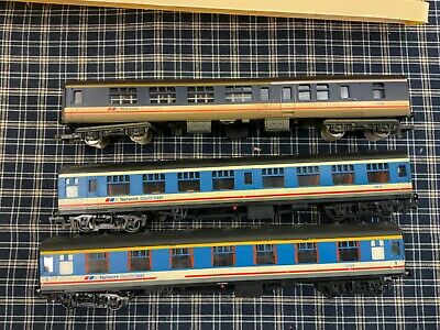 Hornby & Lima  3 X Network Southeast Coaches 1 Boxed  00 Gauge • 11.72£