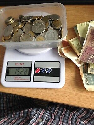 Job Lot Of Approx 1.5kg Of Foreign Coins And 9 Foreign Banknotes • 7.99£