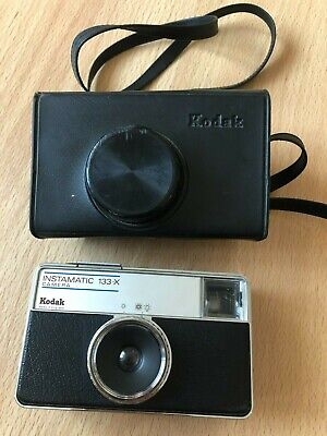 Old Kodak Instamatic 133-x Camera And Original Case From The 1970's • 1.99£