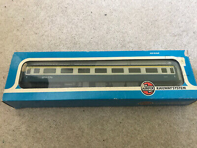 Hornby 1st Class Inter-City Open Coach Mk.2 'E3170' OO Gauge • 3£