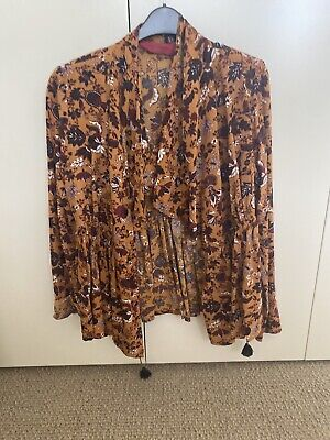 AU41 • Buy Tigerlily Blouse. Size 10