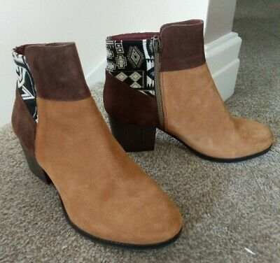 £49 • Buy DESIGUAL Ladies Suede Ankle Boots 39/6 Brown Patches Aztec Fabric New