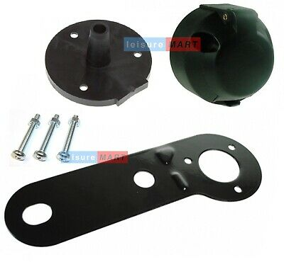 12 V N Type 7pin Trailer Socket, Fittings, Gasket And Mounting Plate • 6.14£