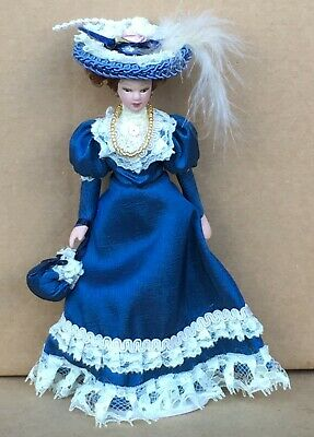 1:12 Scale Victorian Lady In A Blue Dress Tumdee Dolls House Miniature Doll D • 6.20£