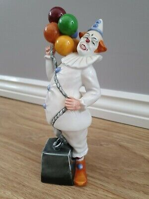 Royal Doulton Ballon Clown. Slight Damage  • 5£