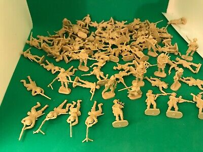 1/72 WW 2 British Soldiers 8th Army? 90 + Unpainted Various Poses • 2.99£