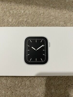 AU410 • Buy Apple Watch Series 5 40mm Silver GPS