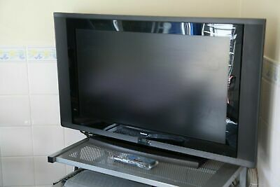 32  Inch TV And PC LED Monitor Goodmans LD3261HDFVT Freeview + Remo • 100£