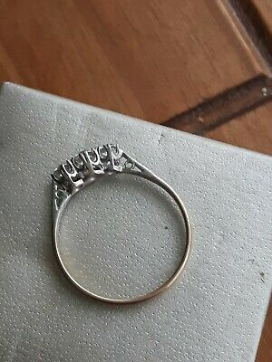 9ct Gold Eternity Ring 3 Clear Stone Size T. 1.9g Not Scrap • 65£