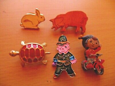Collection Of 5 Vintage Badges: Noddy, Policeman, White Rabbit, Turtle And Pig! • 1.99£