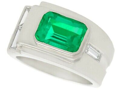 1.80ct Colombian Emerald And 0.43ct Diamond, Platinum Dress Ring - Art Deco • 8,950£