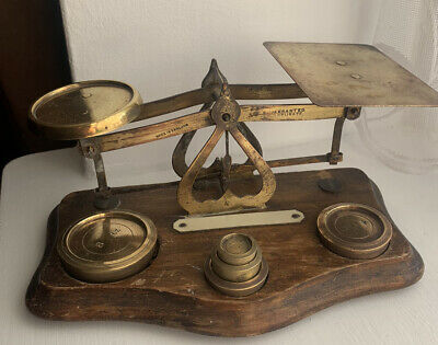 Vintage Brass & Wood Post Office Scales With Weights Made In England • 79£