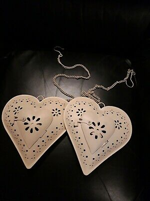 2 X Vintage -Shabby Chic - White Metal Hanging Heart Tea Light Holder + Candle • 7.50£