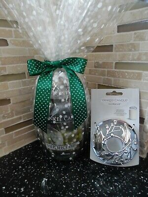 Yankee Candle 22oz (The Perfect Tree) Gift Wrapped + Illuma-Lid • 16£