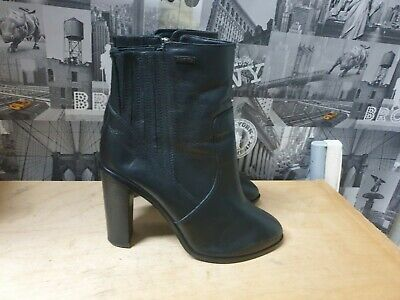 Superdry Women's Black Ankle Leather Boots Size UK 7 EU 40 • 15£