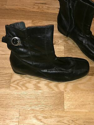 One Pair Pavers Black Ankle Boots Size 7 Zip Up • 4.99£