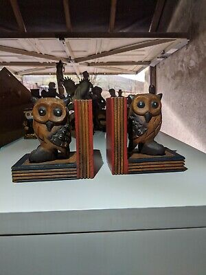 Two Stunning Wooden Owl Book Ends • 5.70£