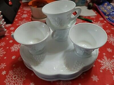 $9.99 • Buy Vintage Set Of 4 Indiana Milk Glass Harvest Grape Luncheon Snack Plates And Cups