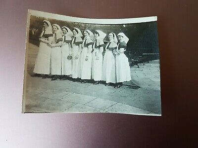 WW1 HOME FRONT, ATTRACTIVE VAD NURSES. ORIGINAL WW1 PHOTO 8x6cm • 2.99£