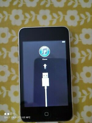 Apple IPod Touch 2nd Generation - Black Very Good Condition • 18.50£