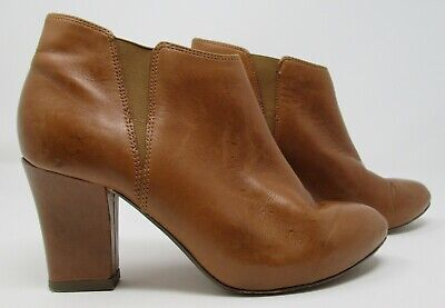 Clarks Cushion Soft Size 4 (37) Tan Leather Pull On High Heel Ankle Boots  • 17.99£