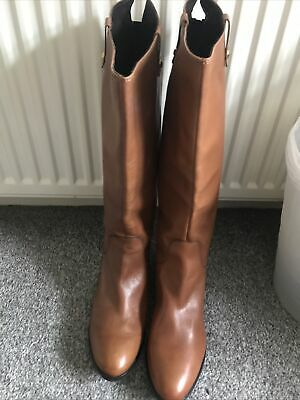Clarks Ladies Tan Knee Length Leather Boots Size 7 Brand New Never Worn!! • 16£