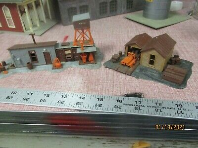 $ CDN13.26 • Buy Mixed Lot Of  2 Vintage HO Scale Model Train Railroad Accessory Building
