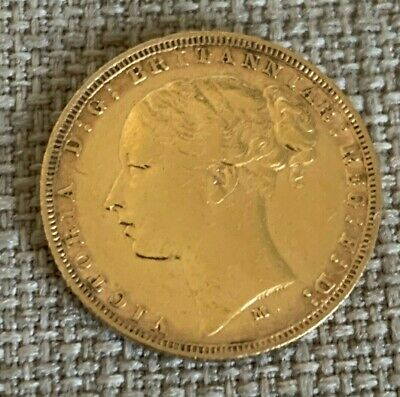 1881 Melbourne Mint Queen Victoria Full Gold Sovereign • 380£