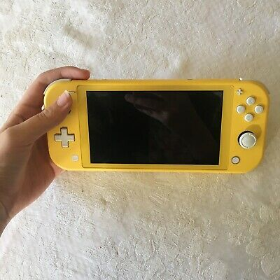 AU190 • Buy Yellow Nintendo Switch Lite - Great Condition