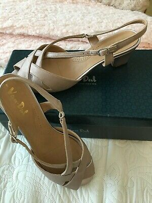Van-Dal Libby Sandals- Bamboo Metallic Size 7.5 E Fitting Worn Once • 9.99£