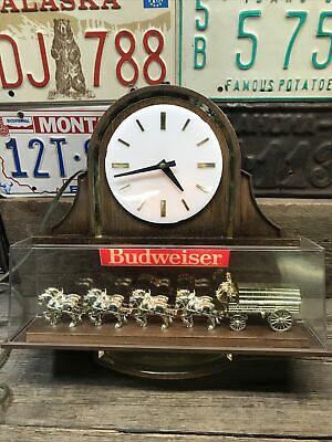 $ CDN50.86 • Buy Vintage Budweiser Beer Clydesdale Team Light Up Lighted Clock Sign ~ Works