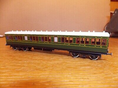 KIT BUILT Ex-LSWR NON CORRIDOR 1st / 3rd COACH No 5042 SR Green Livery 00 Gauge. • 45£