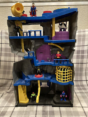 Imaginext Large Bat Cave Light Up With 8 Figures And Acessories • 19.99£