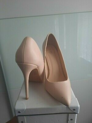 £13 • Buy Missguided White And Cream Court Shoes Size 6. Worn Twice Each.