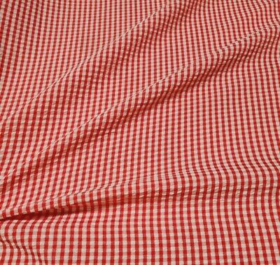 £3.99 • Buy Checked Fabric Red And White Wavy Effect - Sold By The Metre